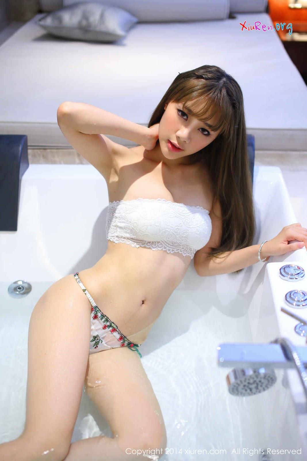 Ảnh gái đẹp HD Ngồi bên em phê chảy nước 2