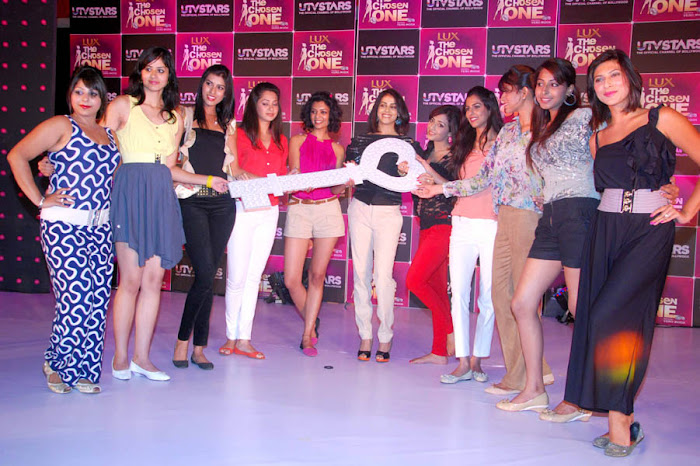genelia at the launch of utv stars the chosen one hot images