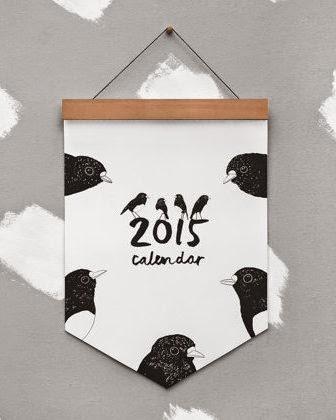 https://www.etsy.com/dk-en/listing/200300600/2015-robin-calendar-on-wooden-hanger-eco?ref=shop_home_active_20