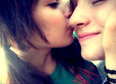 Kiss you, Love you, Romantic wallpaper | Haye HD Wallpapers