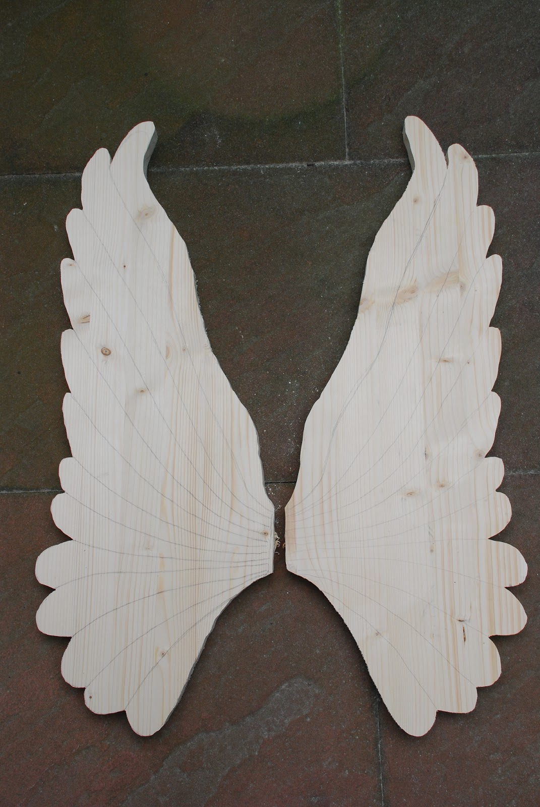 1000 images about fl gel on pinterest angel wings for Angel wings wall decoration