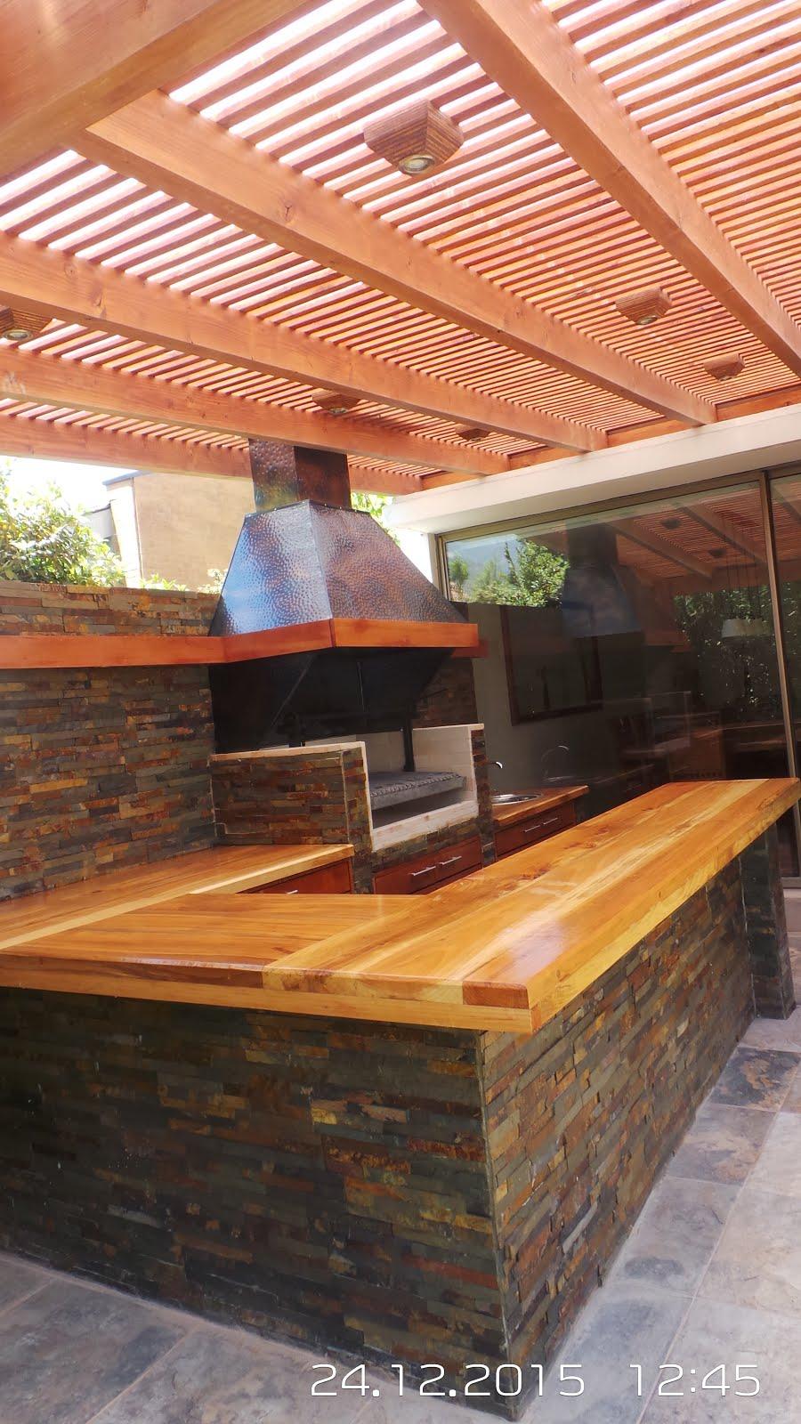 Pergolas y quinchos for Los mejores techos de casas