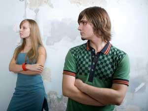 How To Check If Your Girlfriend Is A Flirt? - mood swings