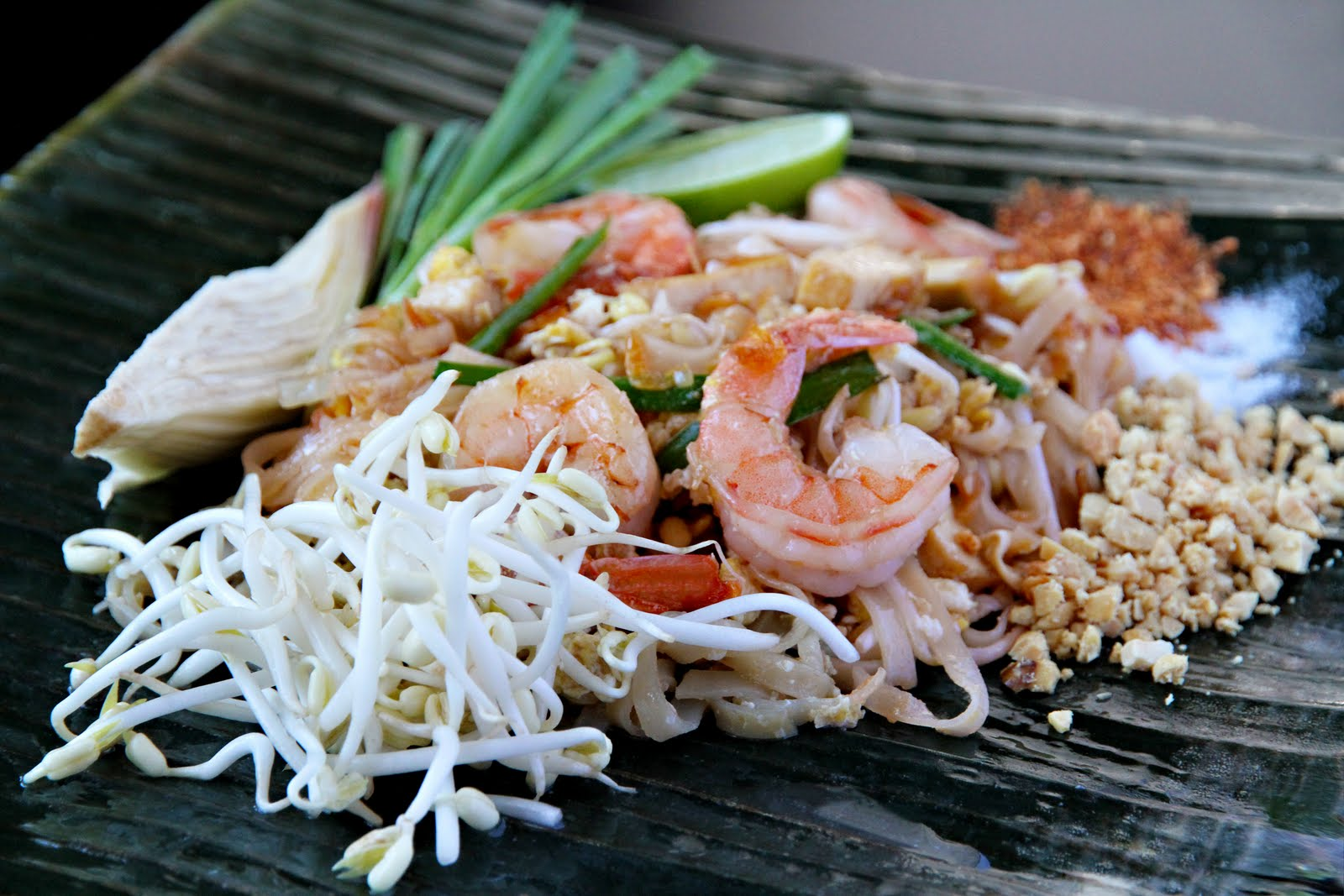 Pad thai recipe part five making pad thai shesimmers pad thai recipe forumfinder Gallery