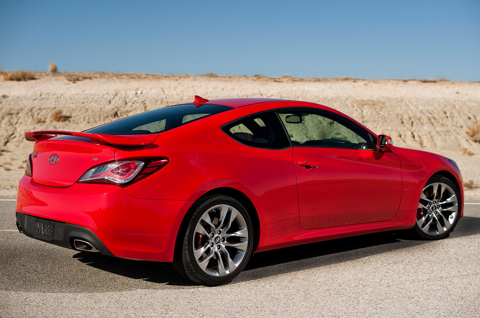 sports cycle 2016 hyundai genesis coupe. Black Bedroom Furniture Sets. Home Design Ideas