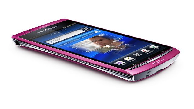 Sony Ericsson Xperia Arc S lateral en rosa