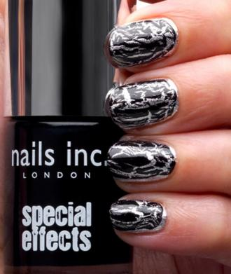 easy . nail art crackle