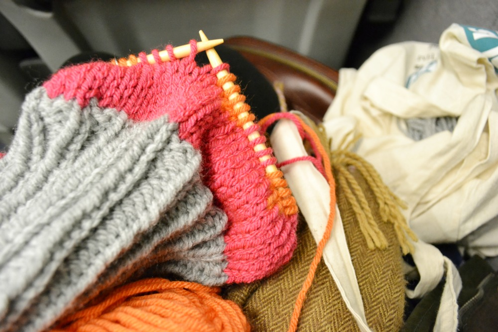 train knitting hat chunky yarn