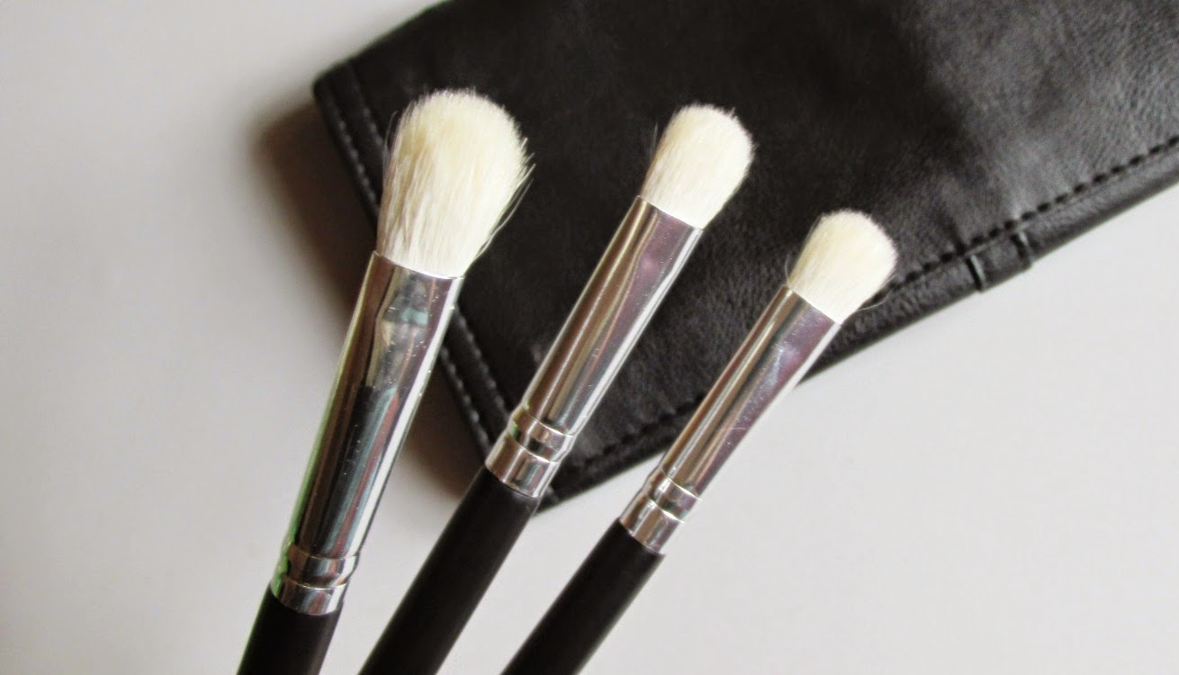mac brush 239 how to use