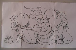 desenho de um cesta com frutas
