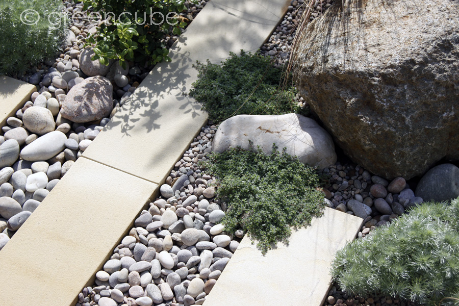 Greencube garden and landscape design uk courtyard for Courtyard stone landscape