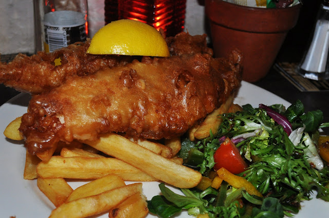 Fish & chips at The Golden Fleece in York