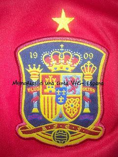 escudo de España con estrella de campeona del mundo