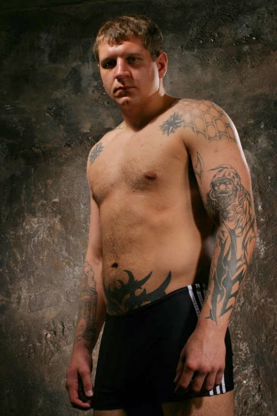 San es contra a r ssia lan am o terror entre a mafia for Russian mafia tattoos