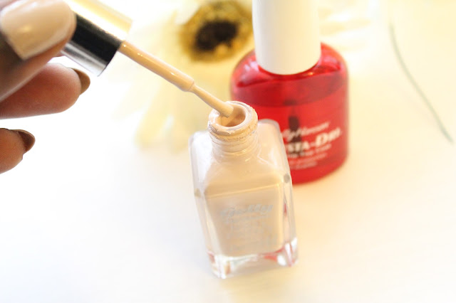 sally hansen, insta-dri, clear coat, nail varnish, fast dry,