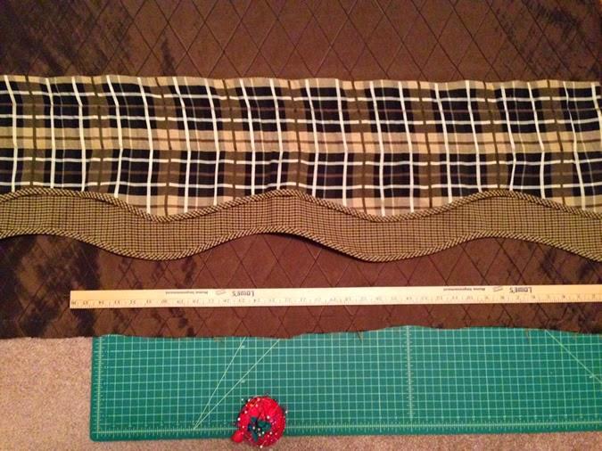 linaandvi.blogspot.com // DIY window valence