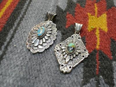 dear blossom silver pendant