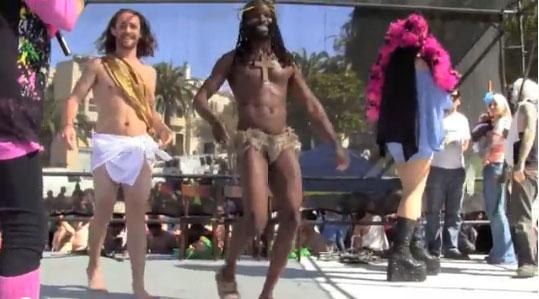Concurso gay ridiculariza Cristo e vai eleger o Jesus mais sensual