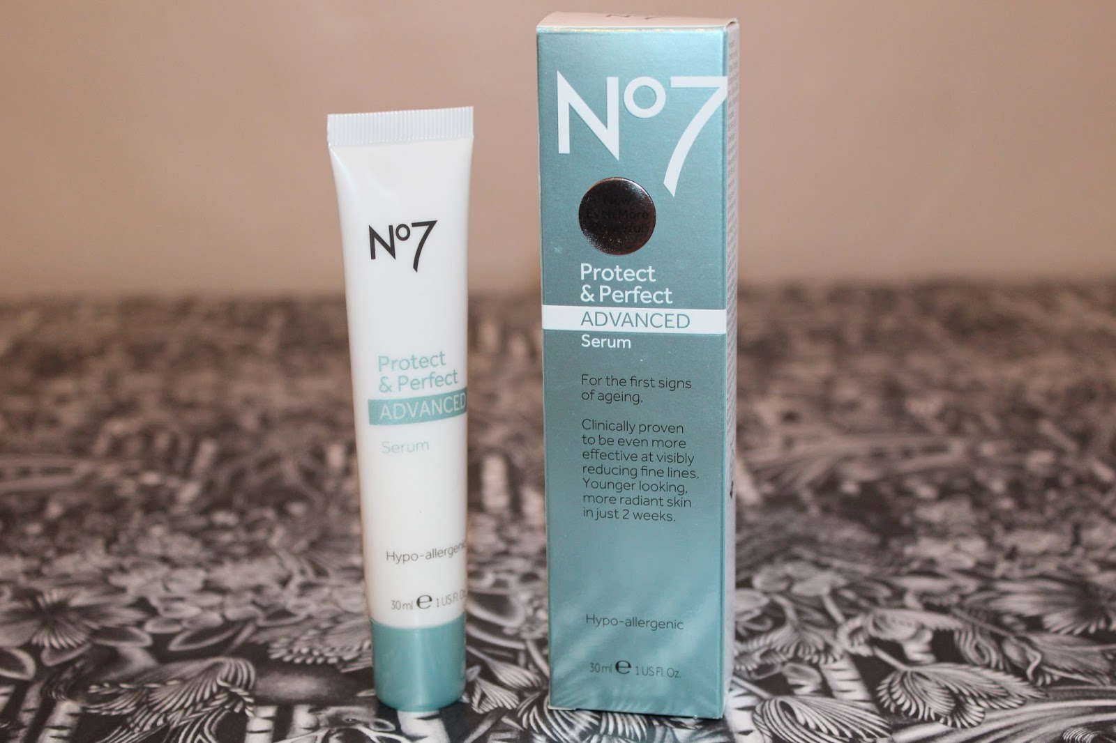 Protect and perfect eye serum