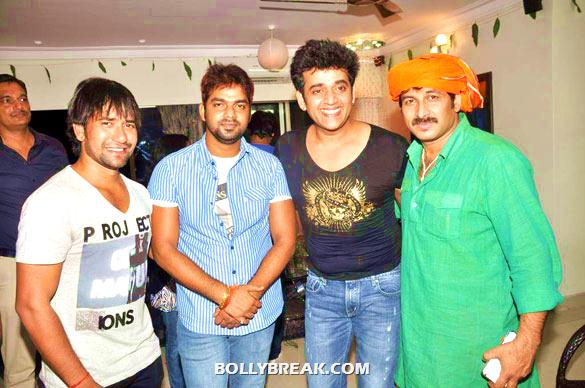 Ravi Kissen, Manoj Tiwari - (5) - Manoj Tiwari's house warming party