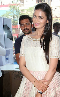 Actress Meenakshi Dixit Latest Pictures at Yes Mart Launch  18.jpg