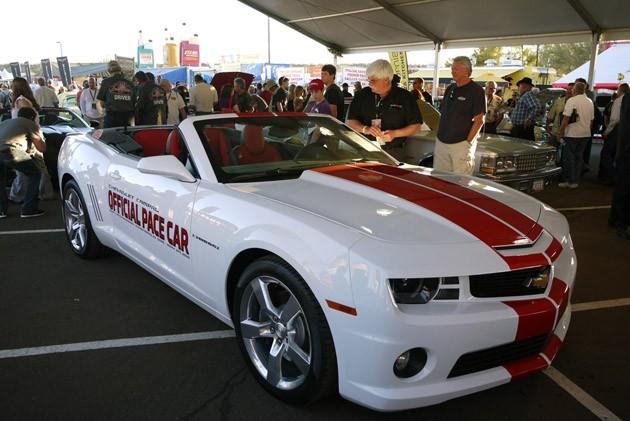 September 2011   Auto CAr