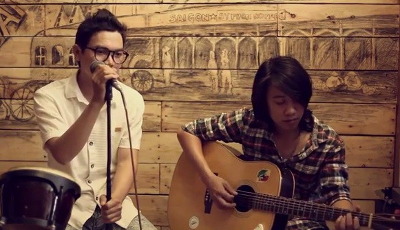 Kỹ thuật học guitar đệm hát cho hai tay