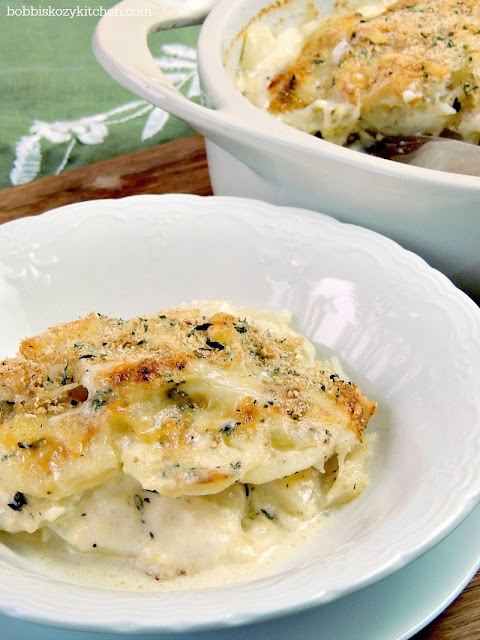 Horseradish Au Gratin potatoes from www.bobbiskozykitchen.com