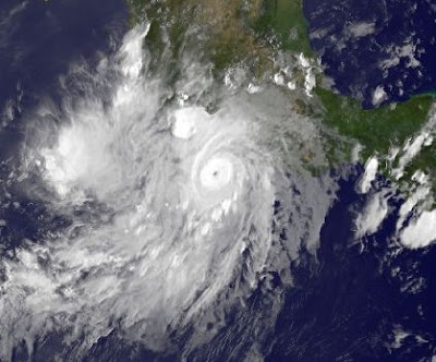 Update: Hurrikan Hillary jetzt Kategorie 3, Hilary, major hurricane, Pazifik, Acapulco, Mexiko, aktuell, September, 2011, Hurrikansaison 2011, Hurrikan Satellitenbilder,