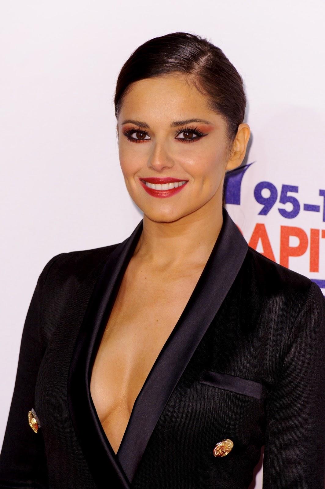 http://3.bp.blogspot.com/-8KEktsTCxSk/UMWEzyVUCAI/AAAAAAABOBE/0t-7iVgTa98/s1600/Cheryl-Cole-hot+(8).jpg
