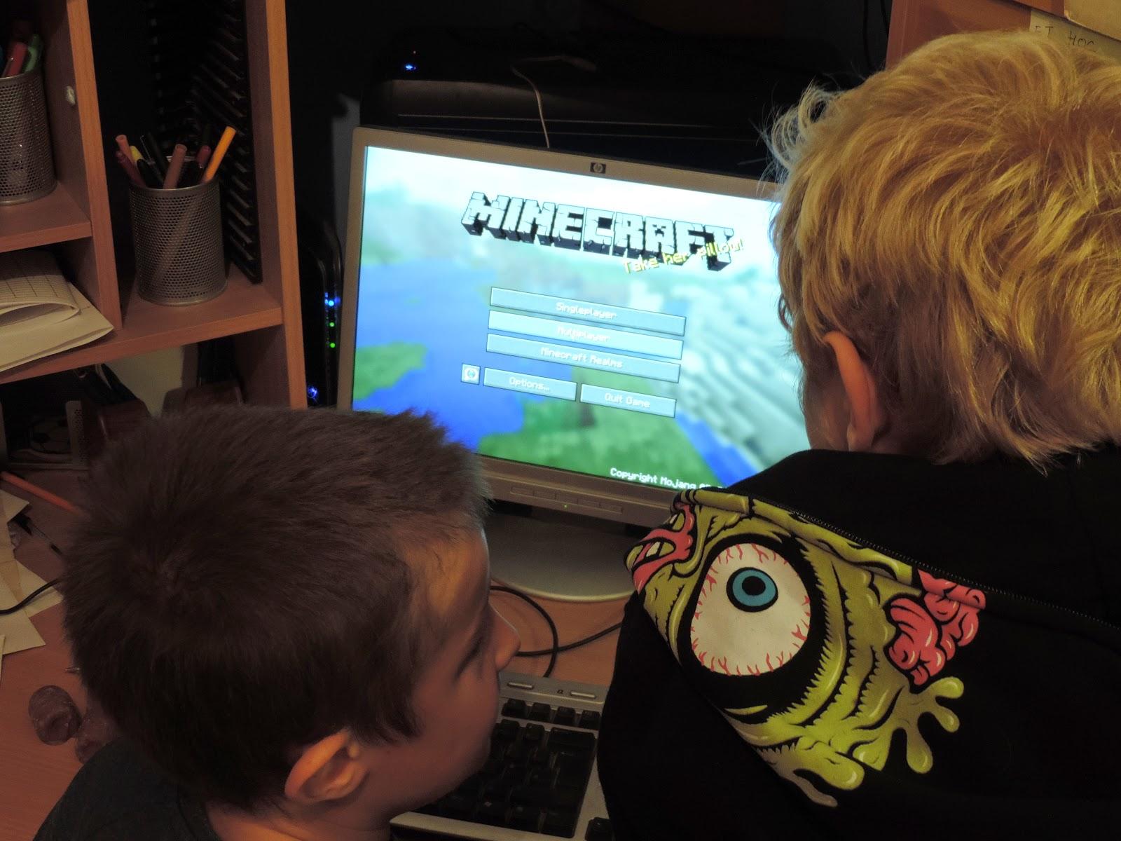 minecraft logon screen on computer