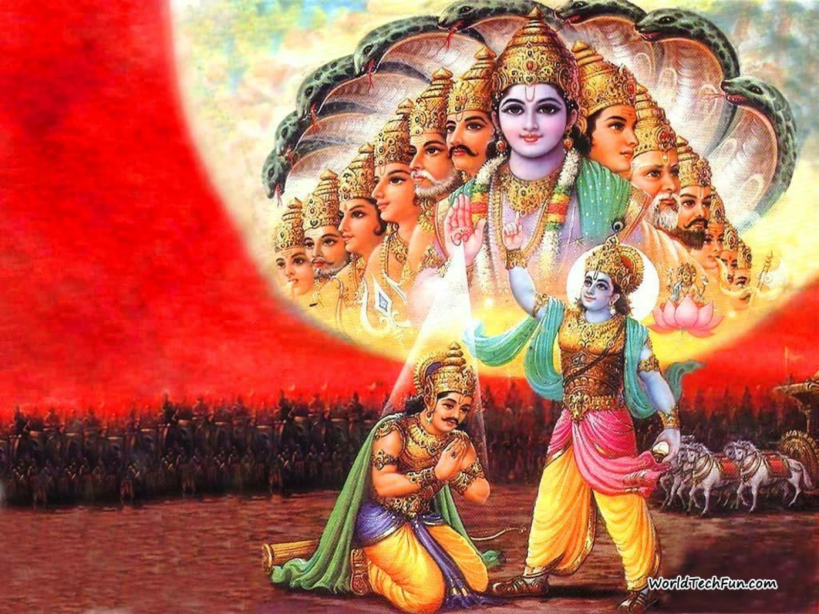 Lord Krishna with Arjuna in Viratroop form