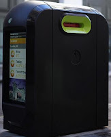 Teknologi Terbaru Smart Bin Tempat Sampah Pintar dengan LCD Display
