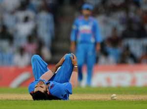 Virat-Kohli-Injured-India-v-Pakistan-1st-ODI-2012