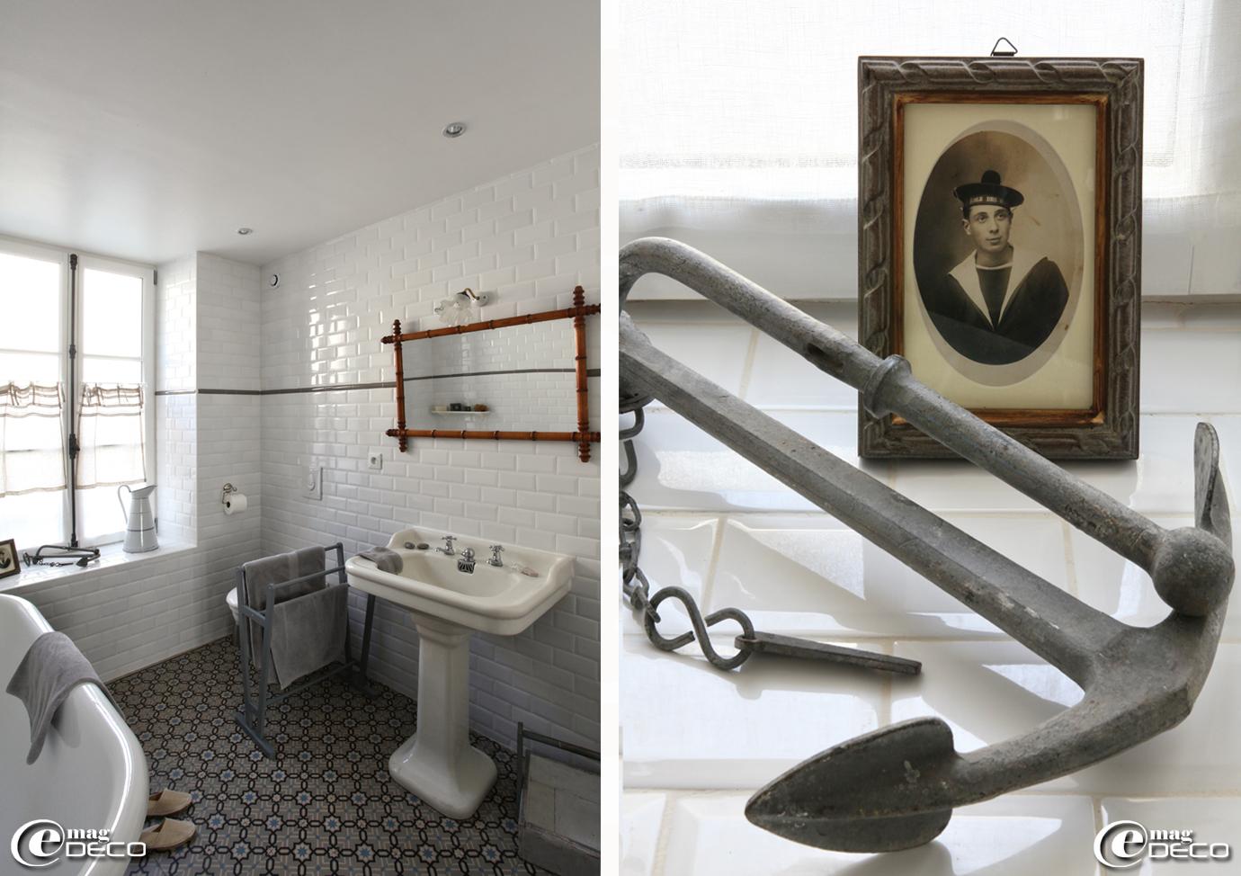 Salle de bain décorée de faïences biseautées style métro 'Leroy Merlin' dans un appartement de vacances des gîtes 'La Maison Matelot' à Port-en-Bessin