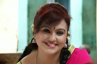Tamil Actress Sona Heiden Latest Pictures in Half Saree from Sivappu Manidhargal  1