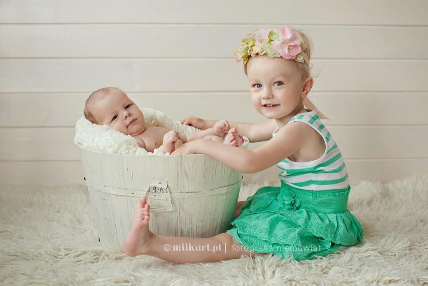 sesje zdjęciowe niemowląt, studio fotografii niemowlęcej, sesja fotograficzne dziecka, fotografia niemowlęca w poznaniu