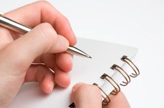 alat tulis untuk pencatatan lomba