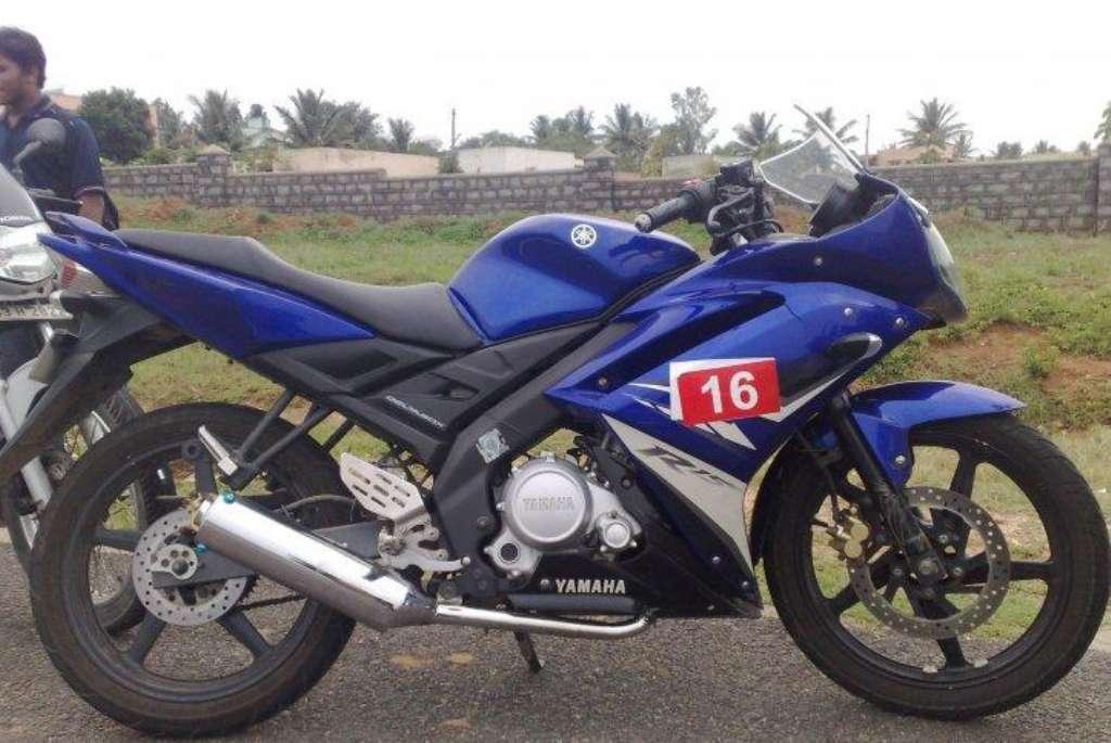 Yamaha R15 Version 2 0 Top Speed Bikes Super Heavy Bikes