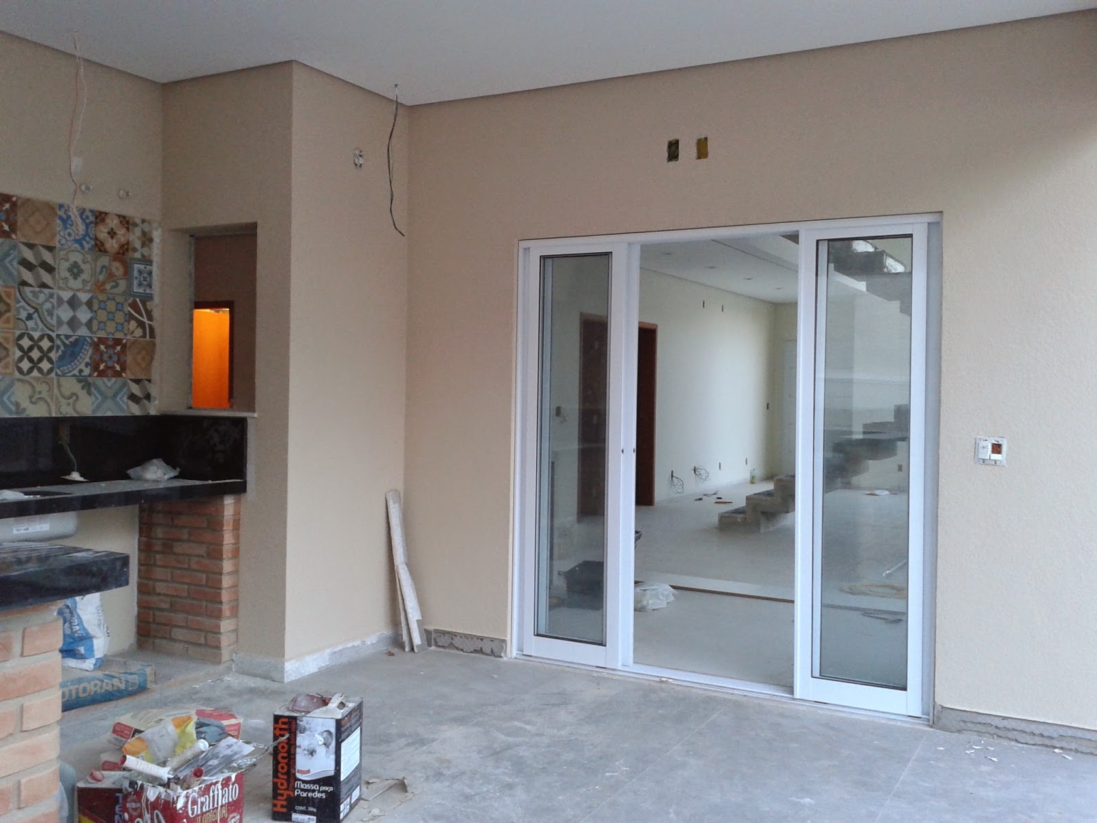 #614940 Construção de Rody e Fábio 1600x1200 px Projetos De Casas Com Cozinha Nos Fundos #187 imagens
