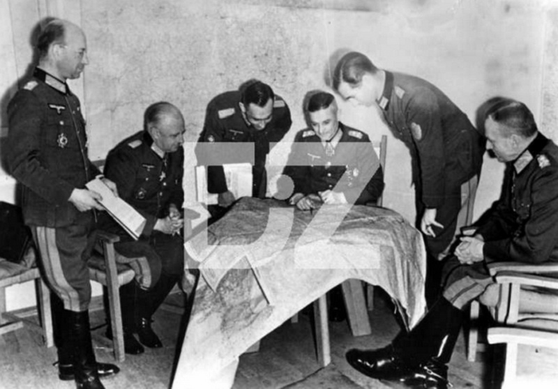Nazi Jerman Foto Walter Model border=