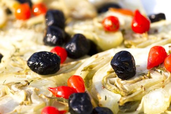 Venkel met zwarte olijven en Inca paprika's