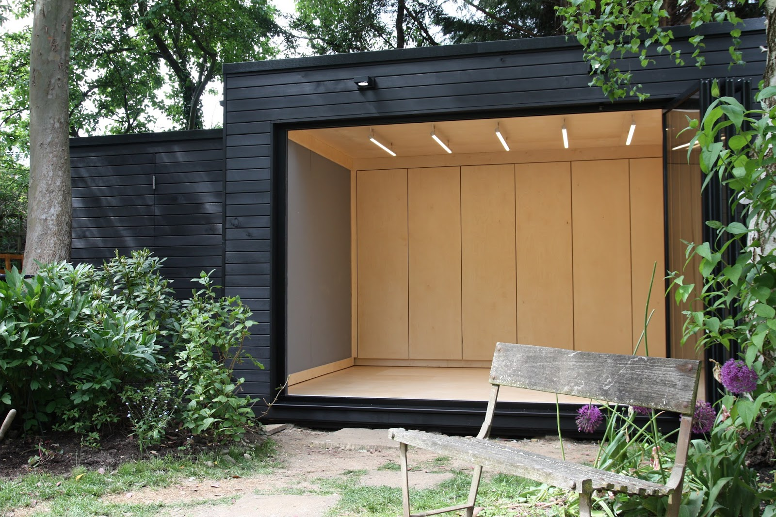 Office in my garden for Garden office and storage shed