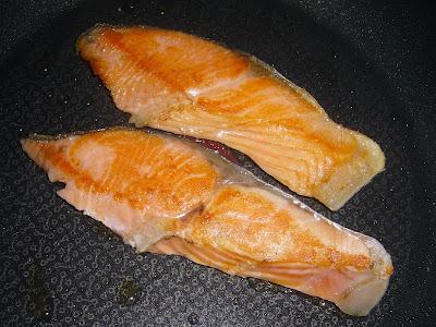 納豆にチリ産振塩銀鮭(養殖)