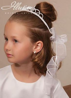 Illusions - Erstkommunion Flower Girl & Zubehör 2013