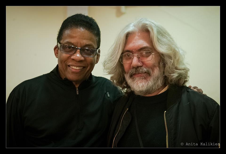 Roberto Rovira con Herbie Hancock