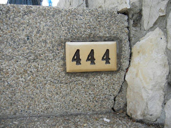 """444 Steps to the top of """"Faro de Guayaquil"""""""