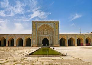 Bangunan-Masjid-Vakil