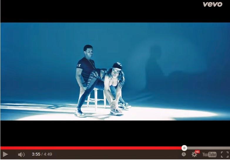 Nicki Minaj lança clipe de Anaconda mostando seu enorme rabo