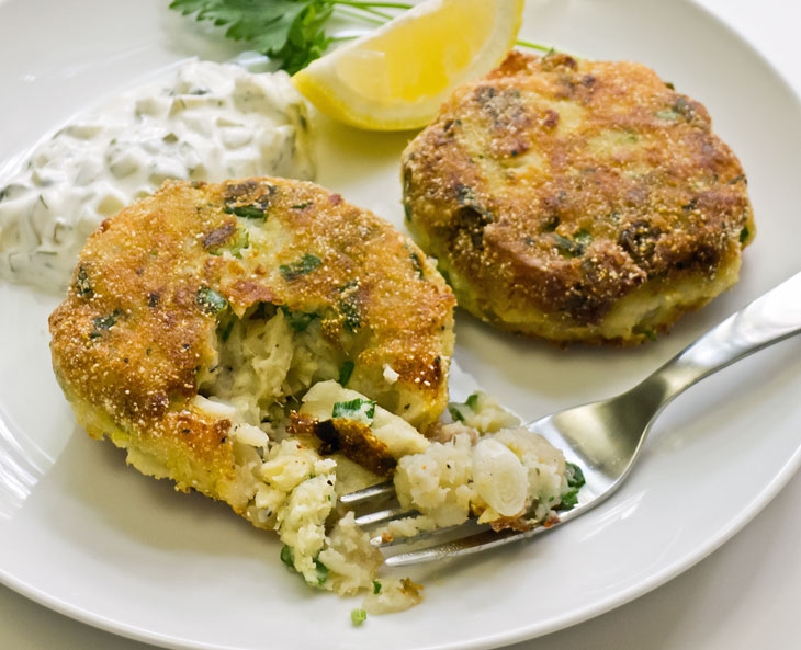Cooking Weekends: Cod & Shrimp Fish Cakes (Gluten Free)
